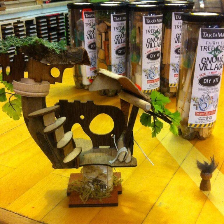 Gnome/Elf/Farie Tree House Kits